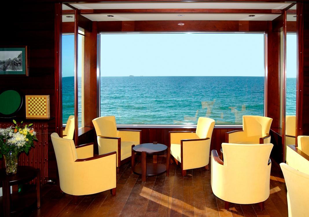 Hotel st malo hotel alba plage entre cit corsaire et for Hotels saintes